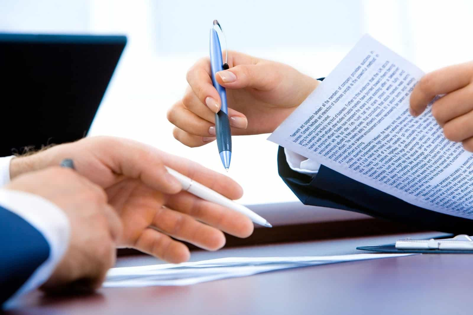 Wrongful termination lawyers helping with employment contract